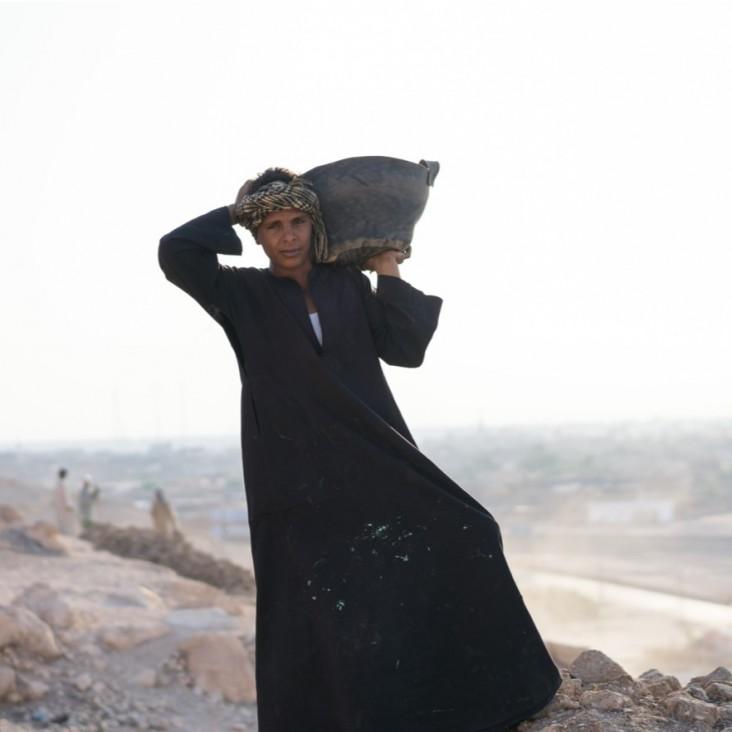 Day laborer at Dra Abu El Naga in Luxor