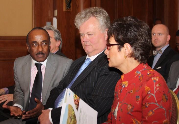 Nejib Abba Biya, Reykjavik Geothermal CEO Gudmunder Thoroddsson and U.S. Ambassador to Ethiopia Patricia Haslach