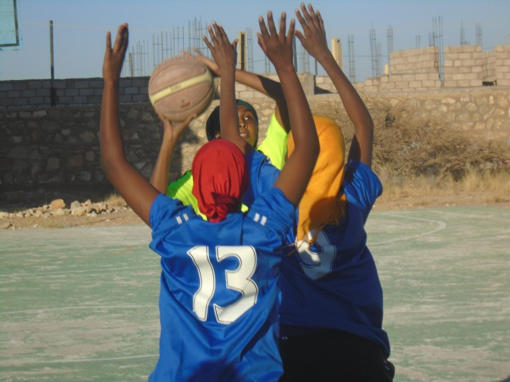 Forty girls from Garowe, the capital of Puntland, Somalia, now participate on four basketball teams.