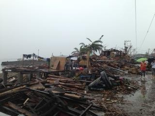 USAID's Disaster Assistance Response Team arrived in Leyte province to survey regions hardest hit by Super Typhoon Haiyan