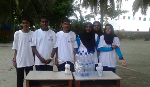 Team Rasdhoo demonstrates their recycled invention