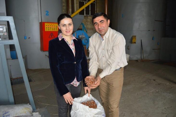 Young Azerbaijani family modernizes hazelnut factory with USAID support