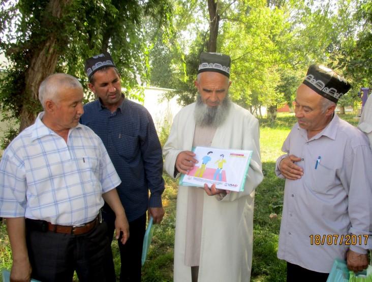 Religious Leaders Combat TB in Tajikistan