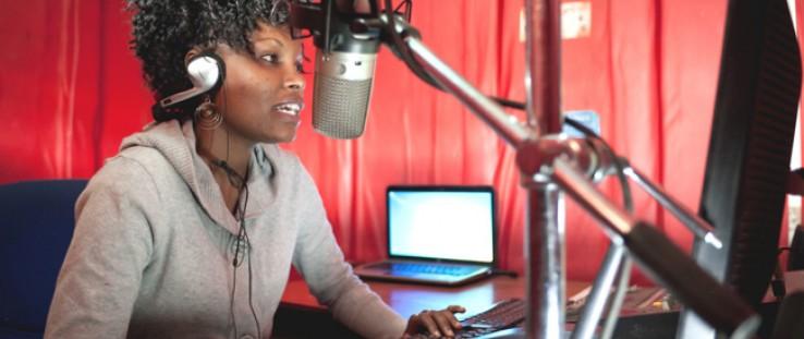 "Catherine ""Chiku"" Wanjiku, a news editor and on-air journalist for the community radio station Loch FM in Korogocho, Nairobi, wa"