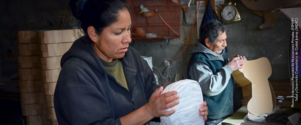 USAID partners with Mexican public and private organizations to help women with low-incomes open their own business.