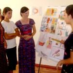 Participants of a seminar on community health at the Beyik Turkmenbashy resource center.