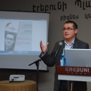 """Lithuanian expert speaks at the """"Tvapatum Investigation: Media Against Corruption"""" media conference in Yerevan."""