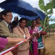 Ribbon cutting by US Ambassador Yamate and Minister of Water Ndahimananjara