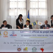 US Ambassador Yamate attended the signing of partnership agreement between CARE and the urban Commune of Antananarivo