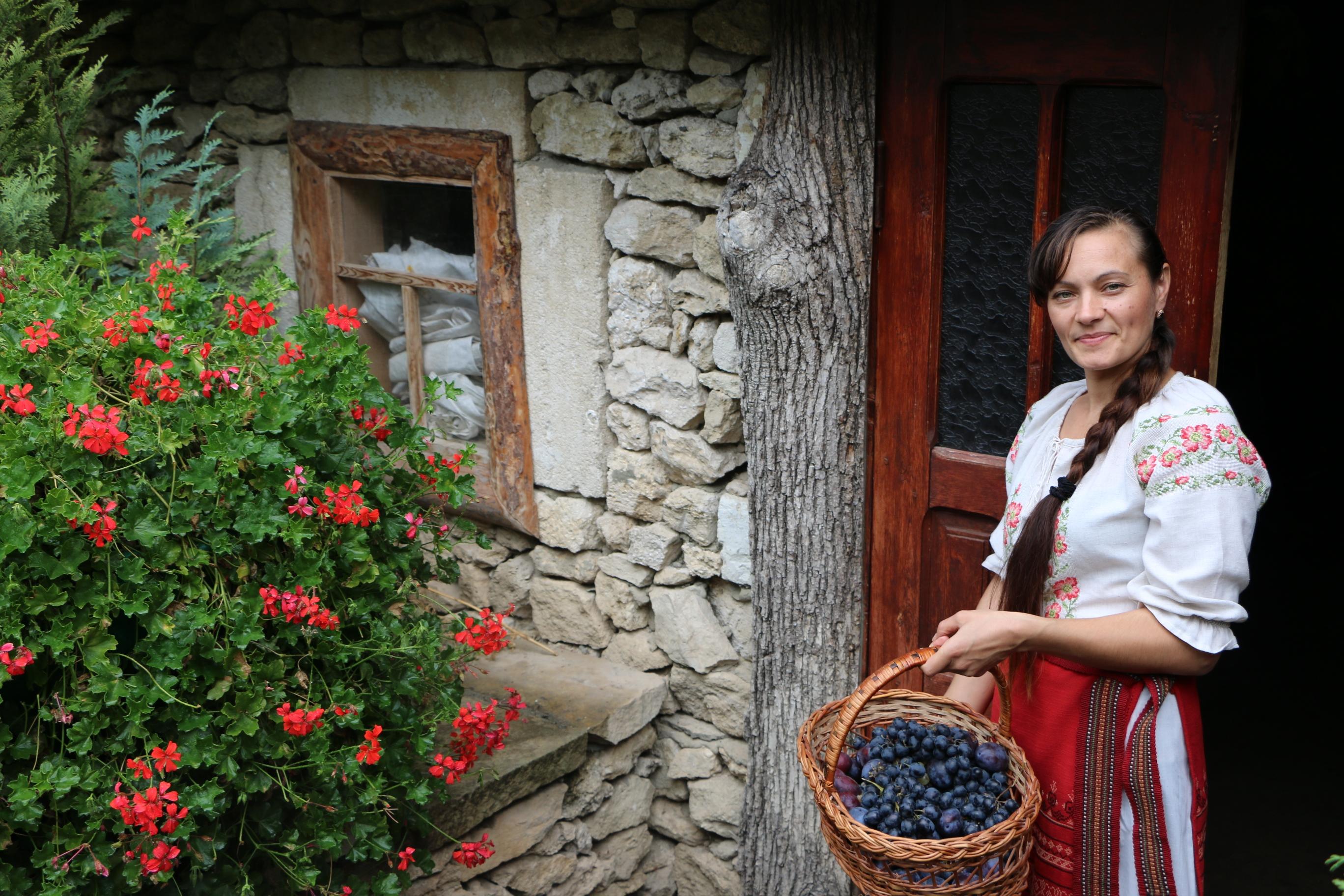 Dating Femeie Rurala)